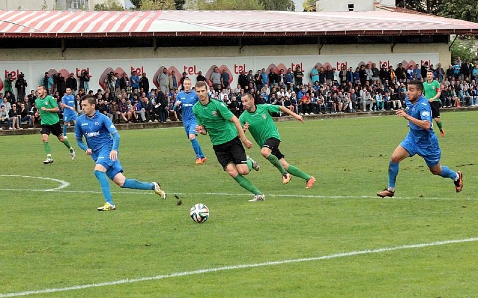 Амари и Жужу учудиха Левски срещу Ботев Враца