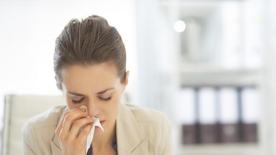 Хората, които не си доспиват, са по-застрашени от хрема