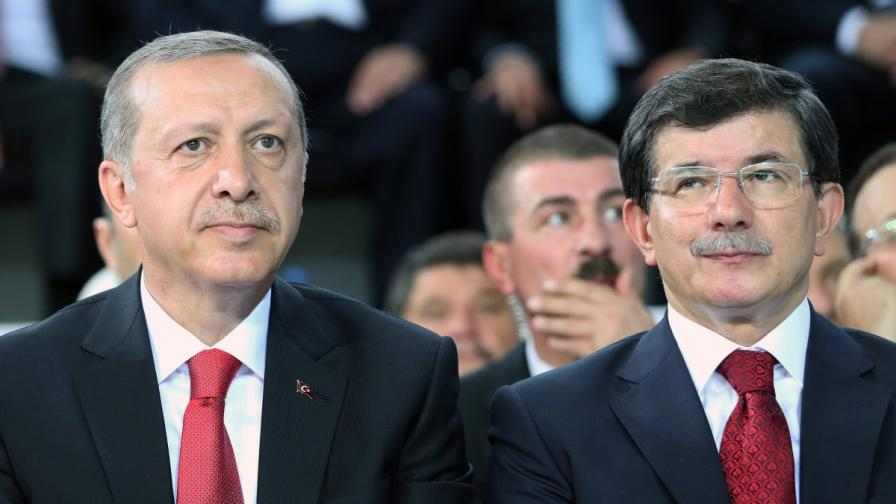 """Турският премиер за """"Ислямска държава"""": Варварска и невежа групировка"""