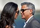 Клуни и Амал се развеждат и чакат близнаци едновременно