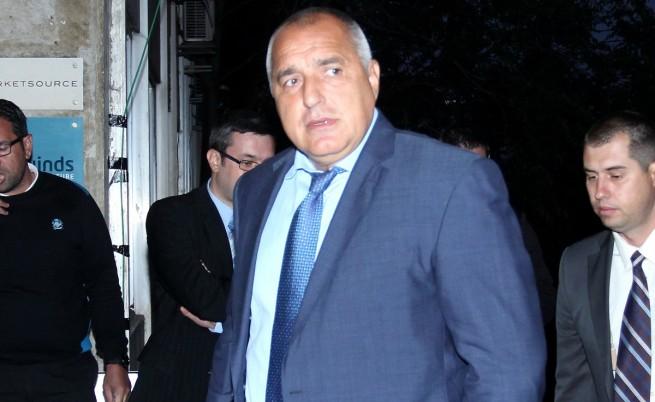 Борисов: На преговори с гипсирани ръце не отивам