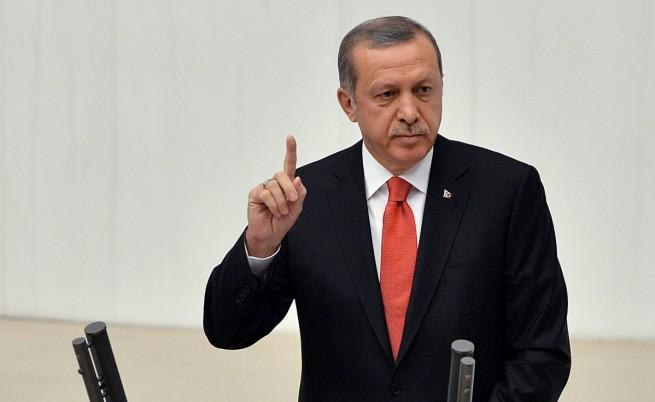 Ердоган поема пълен контрол над Турция