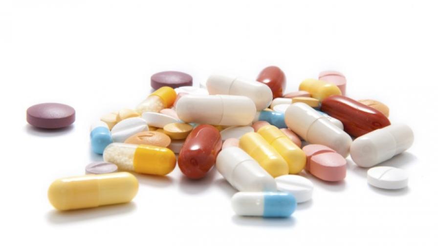 <p>Заловиха лекарства на границата, част от тях за лечение на COVID-19</p>