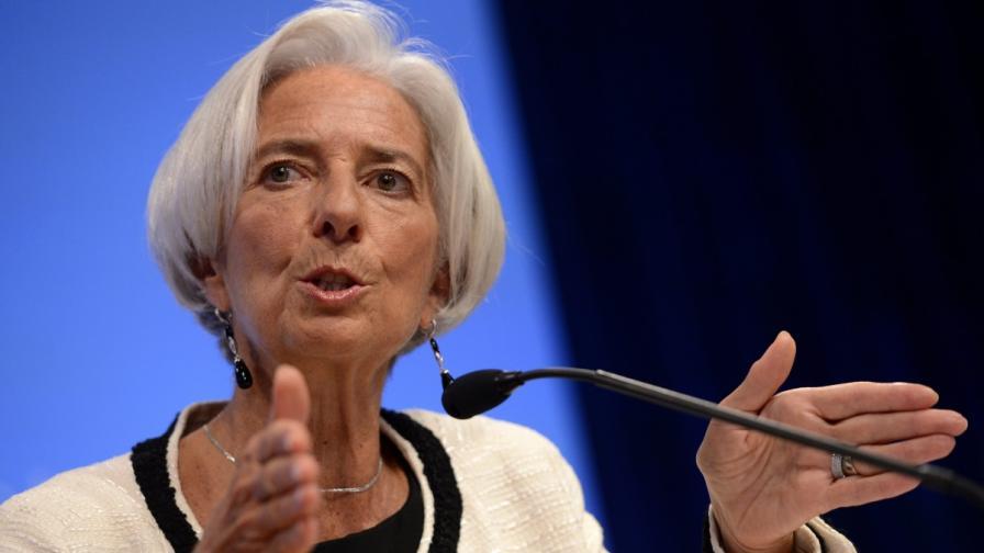 МВФ: Еврозоната рискува връщане към рецесията