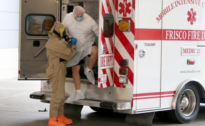 Великобритания въвежда гранични проверки за ебола