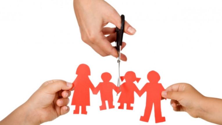 семейство кавга скандал дете родител развод