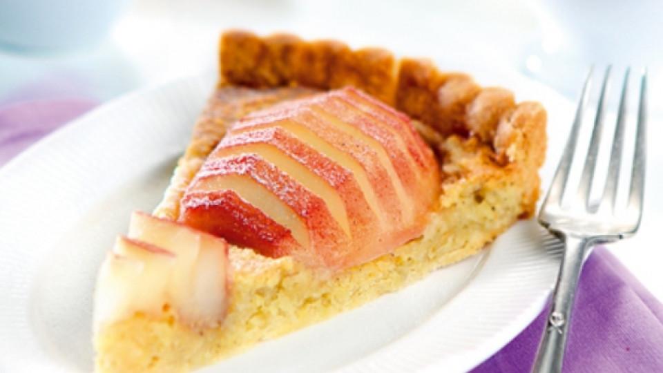 Десерт с круши и бадеми