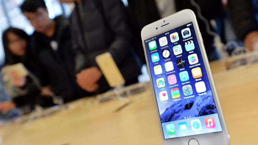 """""""Епъл"""" пусна собствената си платежна система Apple Pay"""