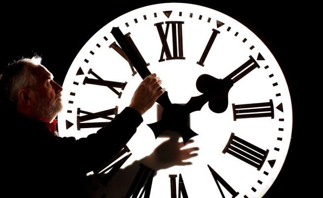 Местим стрелките на часовника навръх Димитровден