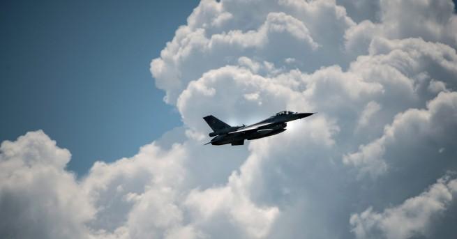 България 13 наши летци ще отидат на обучение в САЩ