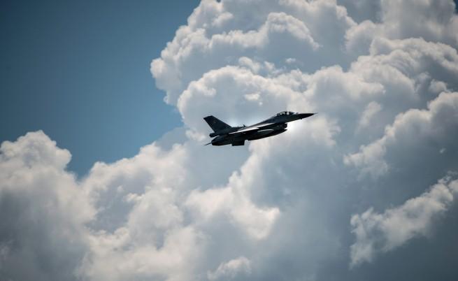 НАТО: Руската военна авиация е необичайно активна напоследък