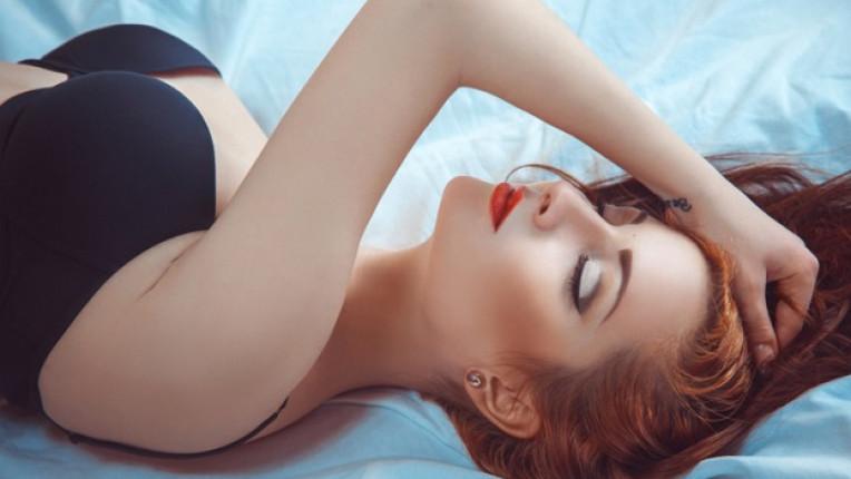 секс мацка легло