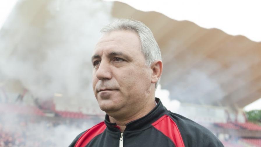 Хр. Стоичков: Моето хоби осигурява прехрана на хиляди