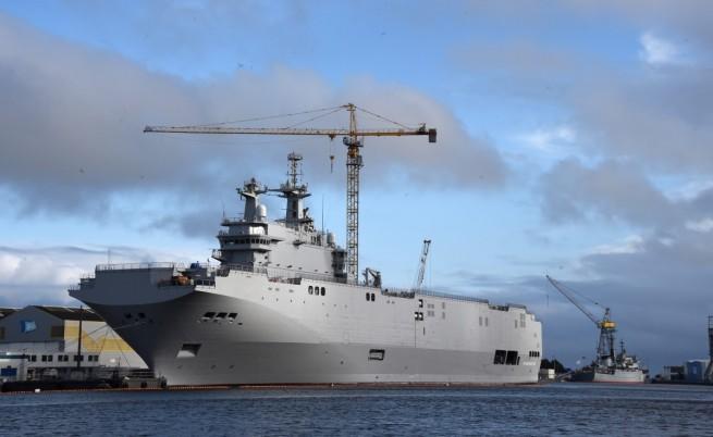 """Франция отлага """"до второ нареждане"""" доставката на """"Мистрал"""" на Русия"""