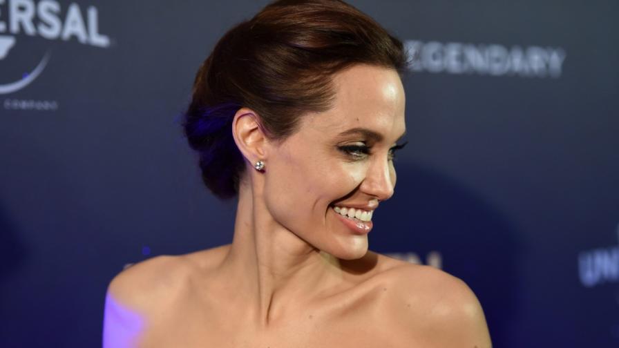 "Анджелина Джоли представи новия си филм - ""Несломен"""