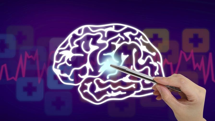 Китаец оперира мозък от 3000 км