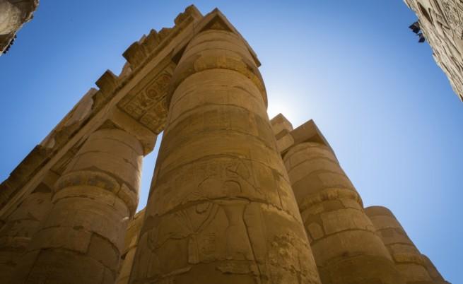 Откриха египетска мумия с бижута