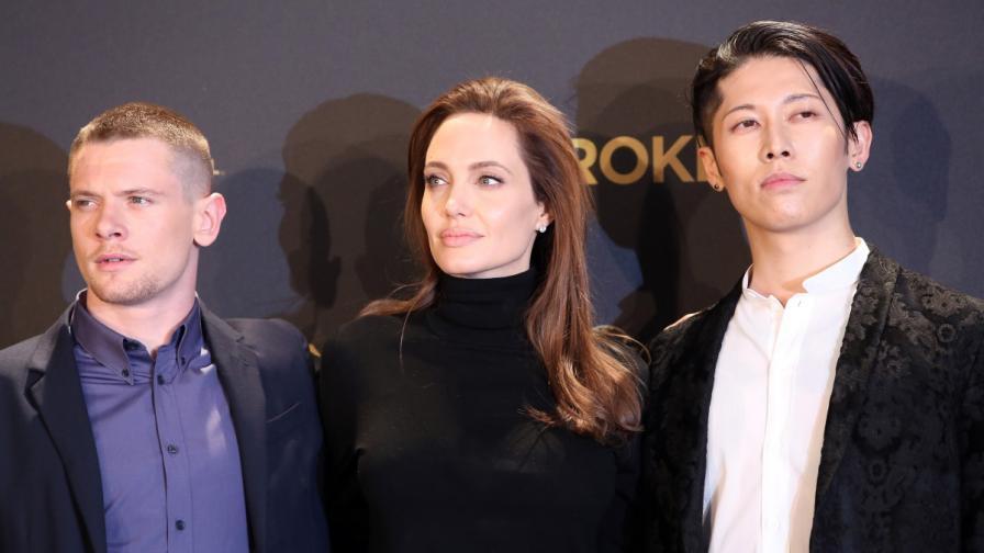 "Анджелина Джолис актьорите Джак О""Конъл и Мияви на премиерата на ""Несломен"" в Германия"