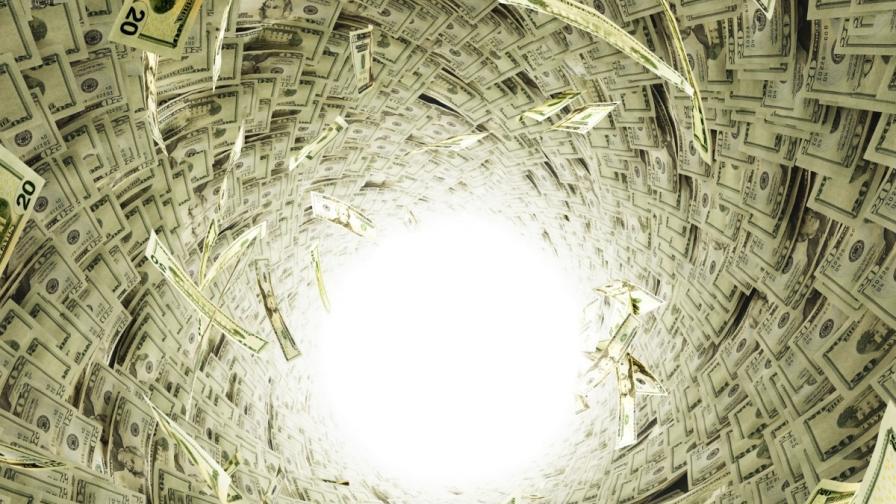 25 млрд. долара изтекли незаконно от България за 10 г.