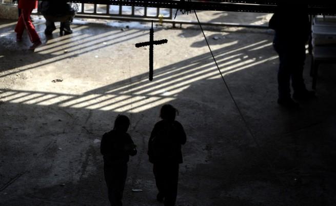 Ислямска държава превръща християнски храмове в зали за мъчения