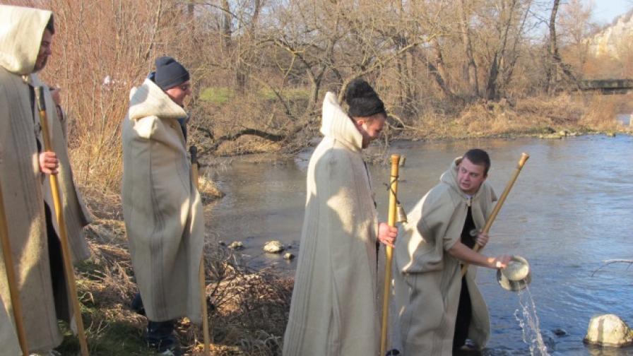 Над 356 хиляди души празнуват Ивановден
