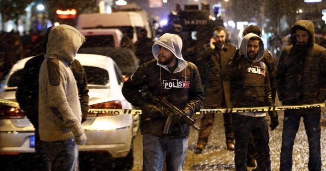 Турският режисьор Мустафа Кемал Узун бе намушкан до смърт в