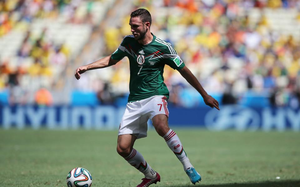 Мексиканец заплени Арсенал и Милан с изявите си срещу Германия