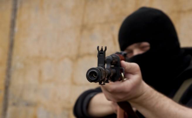 """България под умерена заплаха от """"Ислямска държава"""""""