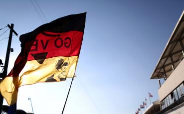 Огромна сума пари трябва на клубовете в Германия!
