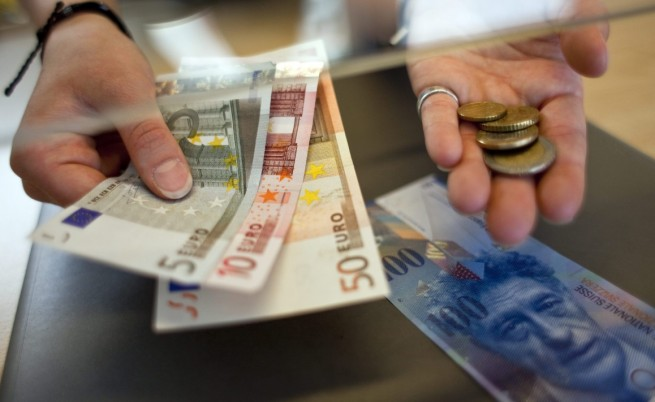 Швейцарският франк ще създаде проблеми с ипотечните кредити
