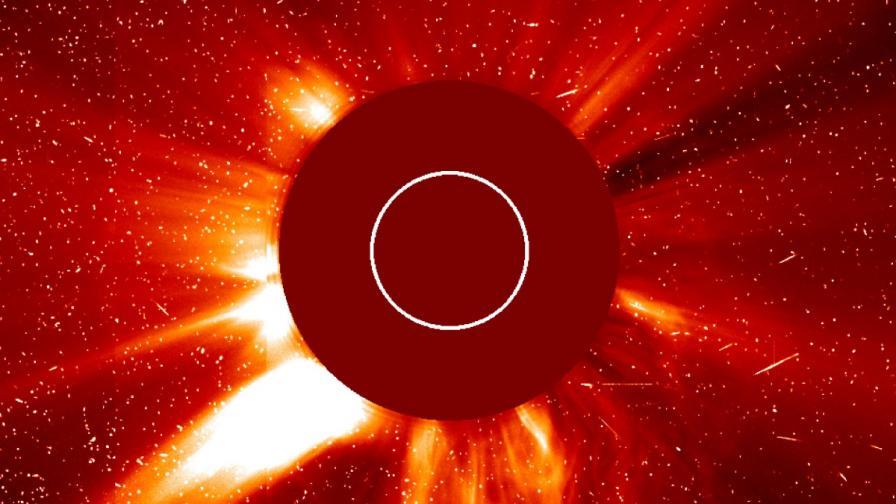 Предсказват слънчеви изригвания с изкуствен интелект