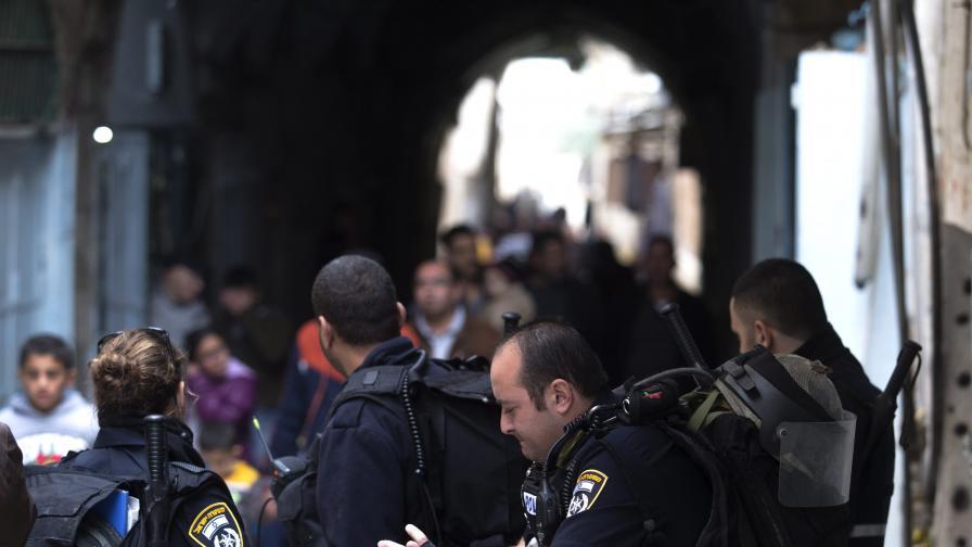 Девет души намушкани при нападение на палестинец в автобус в Тел Авив