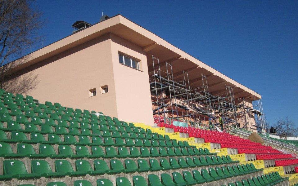 Правителството отпусна пари за стадионите на Ботев Вр и Спартак Вн