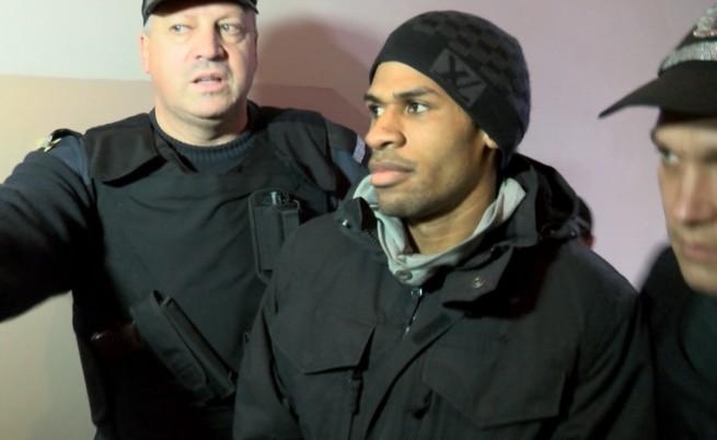АФП: Автобусен билет за България, а след това джихад