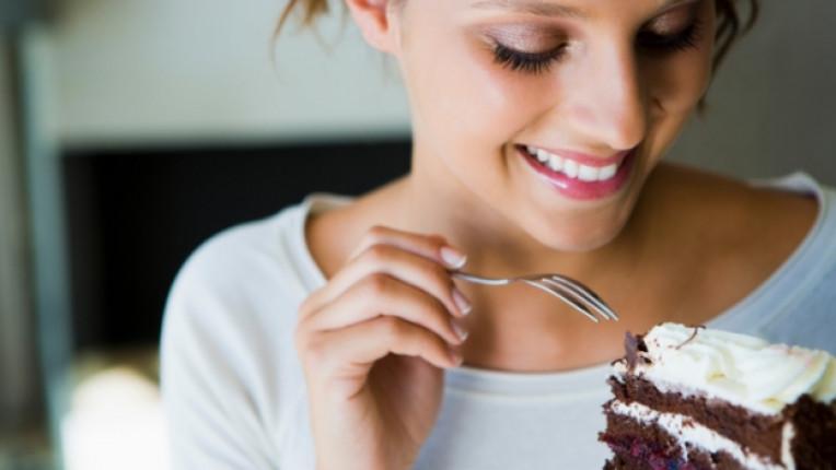 торта сладкиш жена изкушение храна шоколад