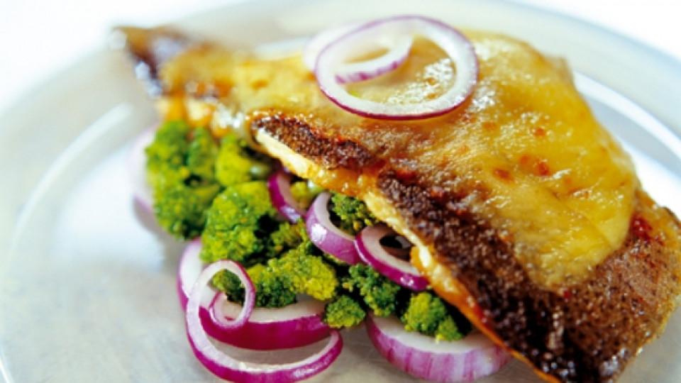 Риба с броколи