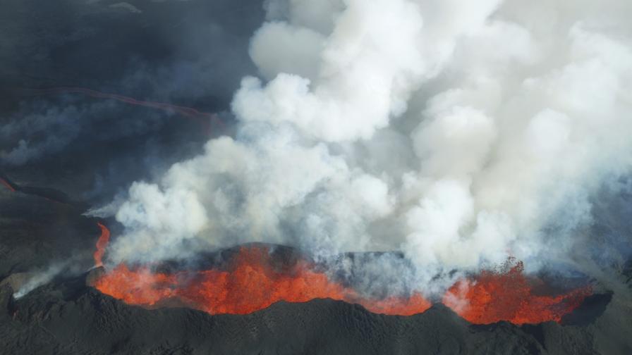 Вулканичното изригване в Исландия е най-силното от два века