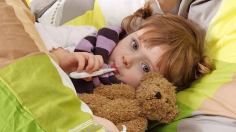 настинка дете родител деца грип простуда