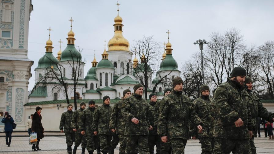 Украйна: Фалшив патриотизъм, негодувание и страх
