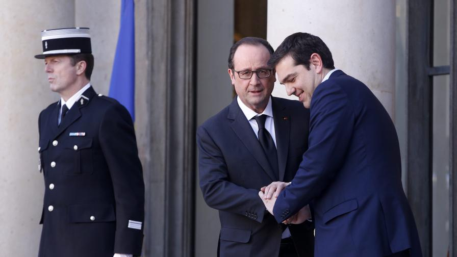 Оланд: Ципрас иска да запази страната в еврозоната