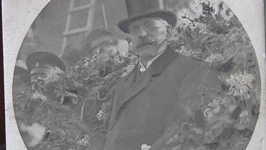 <p><strong>Бащата на народа</strong>, пред когото българите плакаха</p>