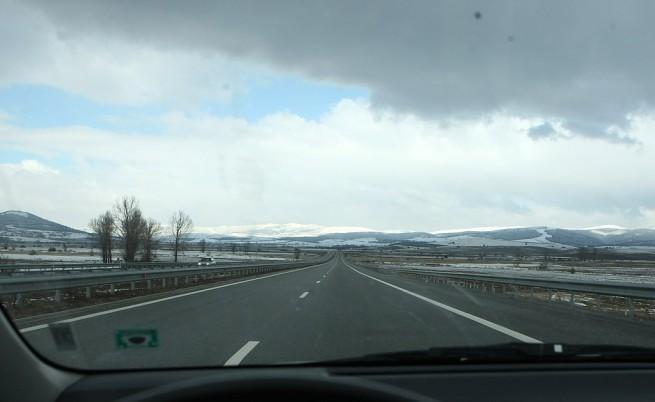 С 90 км/час по магистралите