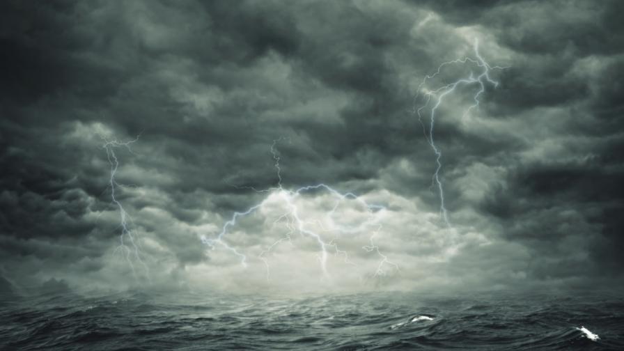 Корабокрушение край Камчатка взе над 50 жертви