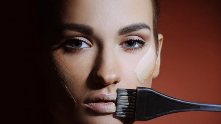жена грим лице