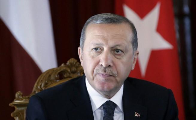 Ердоган призова за фронт на мюсюлмански страни срещу ИД