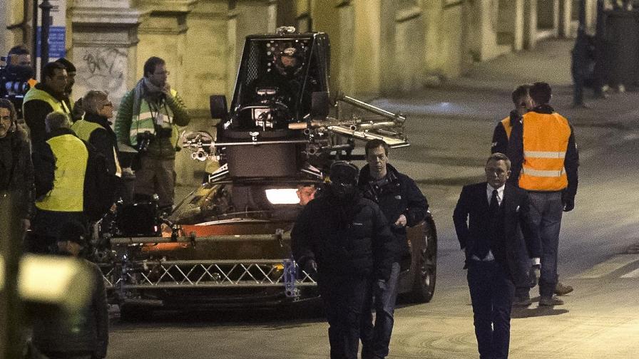 Снимките на новия филм за Бонд се преместиха в Рим