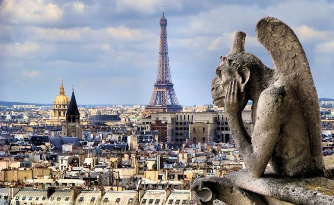 Безпилотни самолети отново летяха над Париж