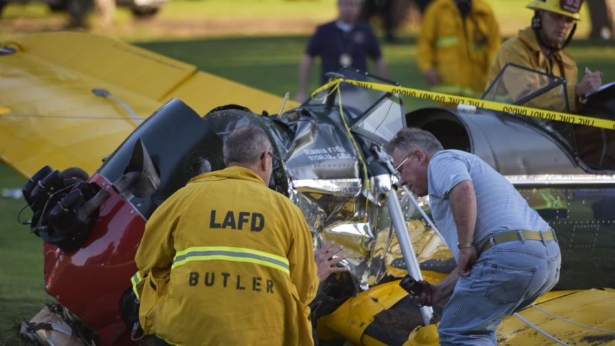 Отказ на двигателя е причинил катастрофата със самолета на Харисън Форд