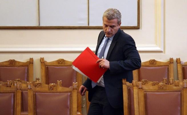 Москов: Ако директор на болница наруши финансовата дисциплина, ще бъде сменен