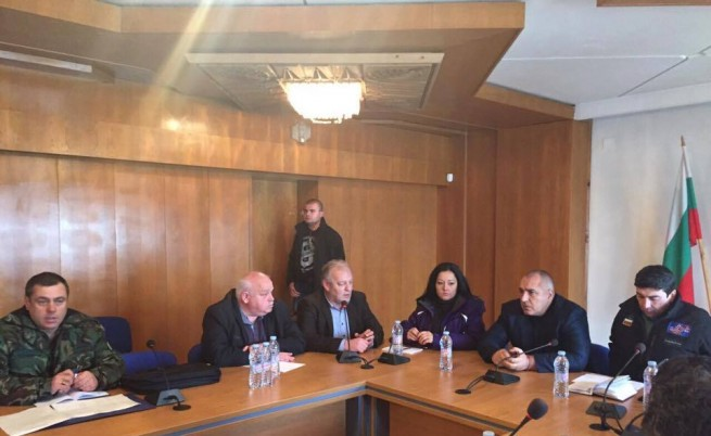 Бойко Борисов обеща 20 агрегата на селищата без електрозахранване